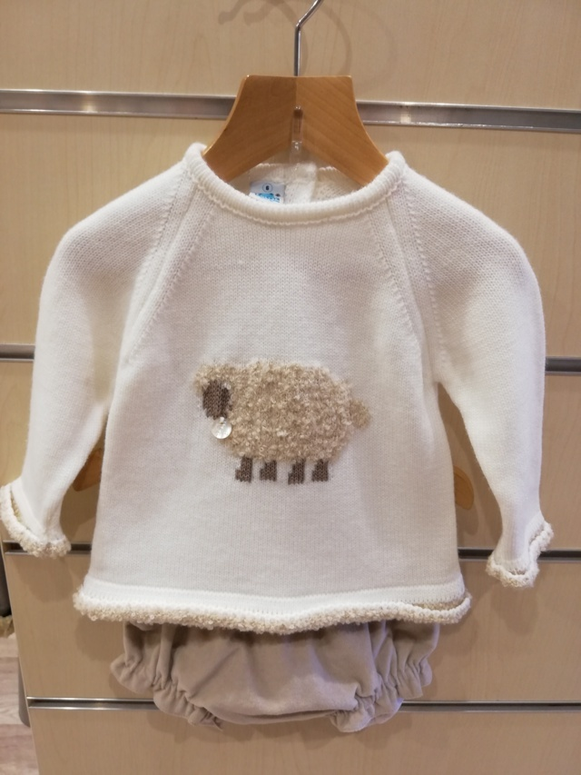 Conjunto niña ovejita