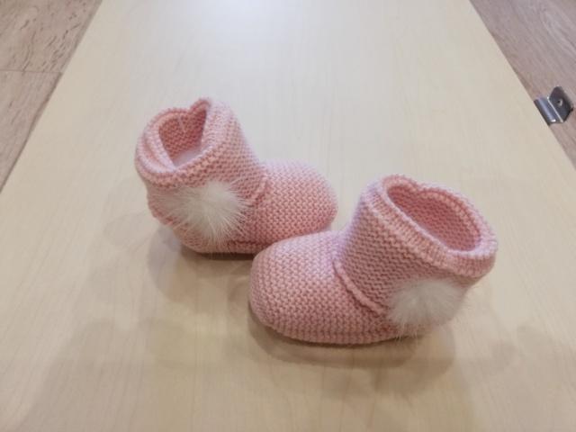 patucos rosa empolvado