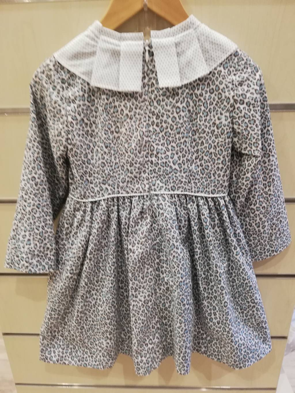 vestido foque animal print